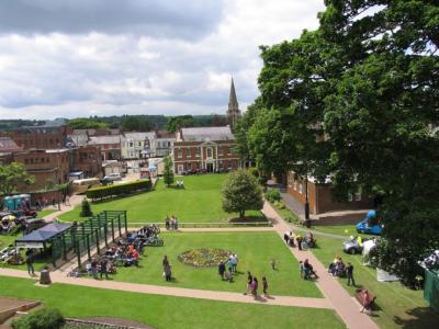 Priory Gardens