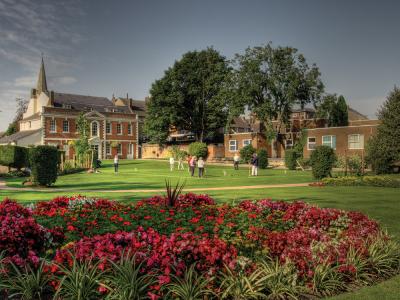 Priory House Gardens