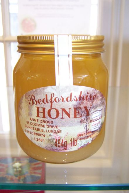 Bedfordshire Honey made by Anne Cross, 1lb Jar